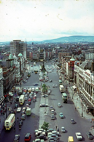 O'Connell Street - Views from the pillar in 1964, looking south (left) and north (right)