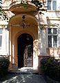 OPOLE kamienica XIXw ul Kosciuszki 17,fragment-drzwi wejściowe. sienio.jpg