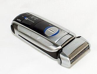 Electric razor - Foil-type cordless razor.