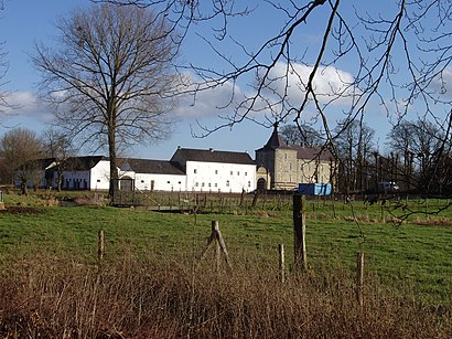 How to get to Kasteel Genhoes with public transit - About the place