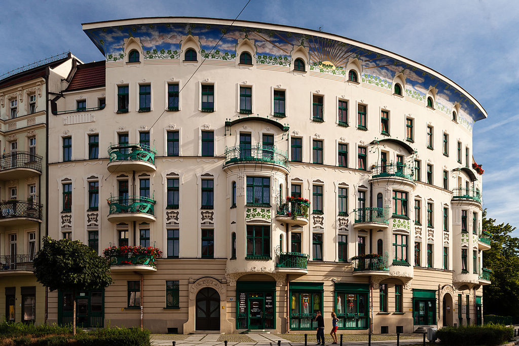Superbe immeuble art nouveau dans le centre ville (ulica swietokrzyska) de Wroclaw. Photo de Kriskros.