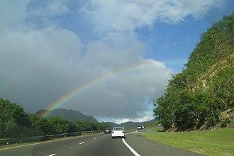 Puerto Rico Highway 52 - Image: PR 52 near Salinas, Cayey with rainbow