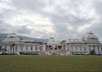 Street-view of the National Palace of Haiti, d...