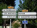 Panneaux indicateurs à St Augustin.jpg
