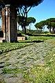 Parco archeologico delle tombe di via Latina 3.jpg