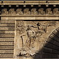 Paris Porte Saint-Martin 208.JPG
