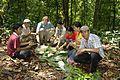 Picknick im Dschungel beim Trekking.jpg