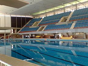 Esempio di piscina al coperto