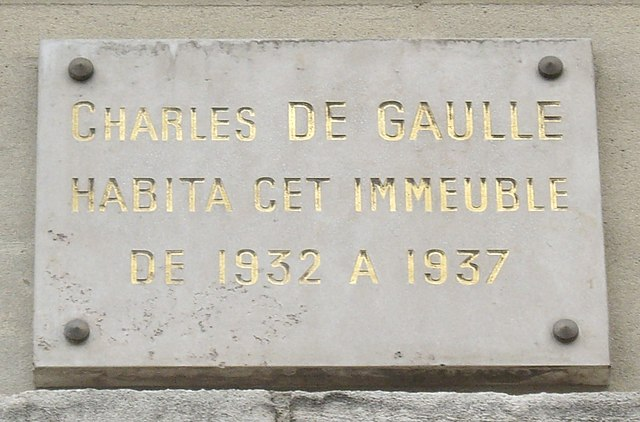 Photo of Charles De Gaulle white plaque