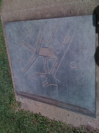 First Brisbane Burial Ground - Plaque showing a map of the First Brisbane Burial Ground, 2009