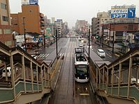 Platforms of Shin-Suizenjiekimae Station from overpass of Shin-Suizenji Station.JPG