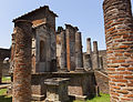 Pompeii (15272400653).jpg