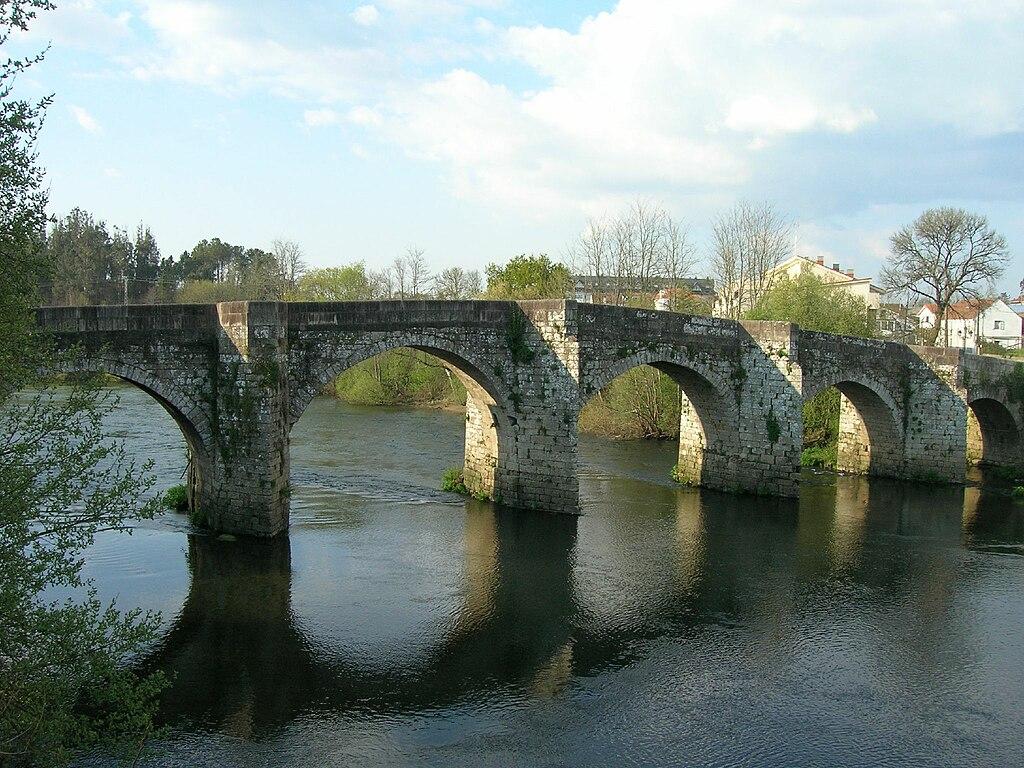 Ponte medieval de Pontevea, Teo.jpg