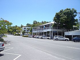 La grand'rue de Port Douglas