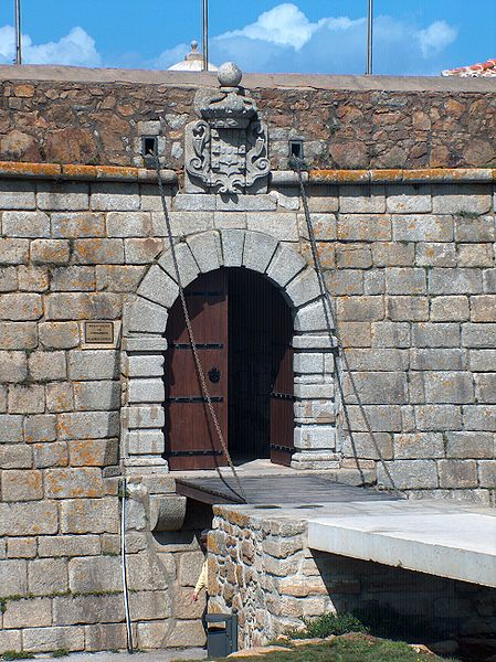 Imagem:Porto - Castelo do Queijo1580.JPG