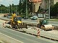 Praha, Řepy, Sídliště Řepy, Hlušičkova, staveniště tramvajové tratě, úprava podkladu.JPG