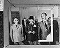 President Soekarno van Indonesië (midden) en minister van Buitenlandse Zaken Jos, Bestanddeelnr 918-5203.jpg