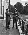 Prins Bernhard ontvangt Gouverneur van Khartoen, Mohammend Mhalil Bateik, Bestanddeelnr 910-6272.jpg