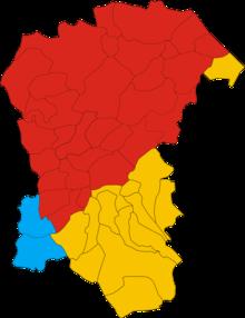 La provincia: in rosso i comuni provenienti dalla Provincia di Teramo, in giallo quelli della Provincia di Chieti ed in azzurro quelli della provincia aquilana