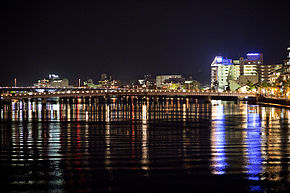 R01-matsue-at-night.jpg