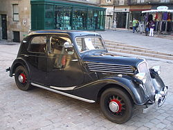 Renault Celtaquatre ADC 1, 1936, at Car Show, place du Civoire, Brive la Gaillarde, France.JPG