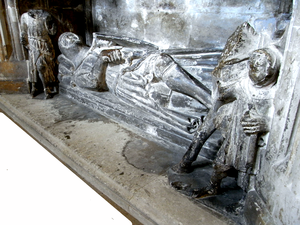 Richard Stapledon - Monument and effigy of Sir Richard de Stapledon, dressed as an armed knight, Exeter Cathedral. The cross-legged posture is supposed to denote a crusader