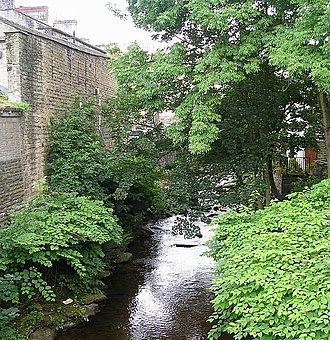 River Holme - Image: River Holme Towngate geograph.org.uk 500187