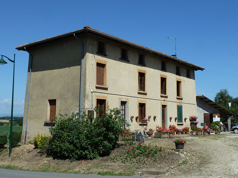The former Cabaret, Village of Romans (Ain)