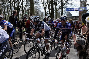 2010 Tour of Flanders - Riders at Den Ast.