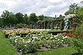 Rosarium Baden Doblhoffpark Gartenanlagen 07.jpg