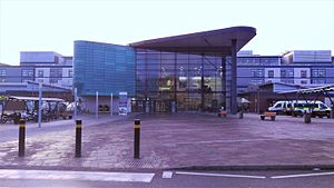 Royal Derby Hospital - Royal Derby Hospital Main Entrance