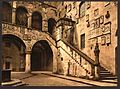 Royal Museum, the court (i.e. Bargello Museum, the courtyard), Florence, Italy-LCCN2001700793.jpg