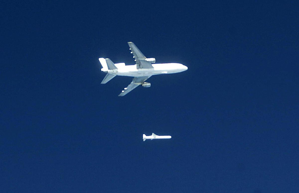 Pegasus Rocket Launches C Nofs Satellite Wikinews The