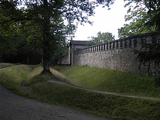 Saalburg - Side Wall with gate, double ditches clearly visible.