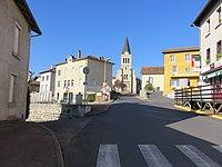 Saint-Vincent (Haute-Loire) - Traversée village.jpg