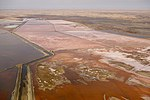 Salt Works south of Walvis Bay (37731144912).jpg