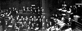 Capital punishment in the United Kingdom - The only known photograph of the death sentence being pronounced in England and Wales, for the poisoner Frederick Seddon in 1912