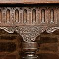 Selly Manor 'Crooke Hall' oak table - 02.jpeg