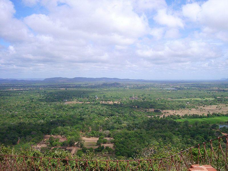 Файл: Sigiriya summit2.jpg