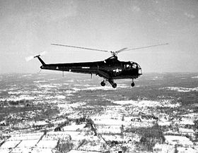 Sikorsky XHJS-1 in volo, circa 1948