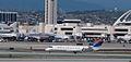 SkyWest Airlines (for Delta Connection) - Flickr - skinnylawyer.jpg