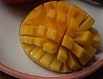 Sliced-cubed Mango 01.jpg