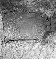 Slivje, kamen z napisom na pročelju Voukčeve hiše 1955.jpg