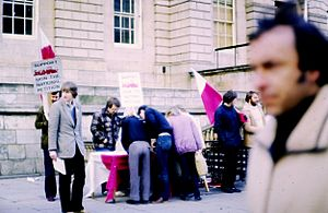 Solidarity (Polish trade union) - Students in Scotland collect signatures for a petition in support of Solidarity in 1981