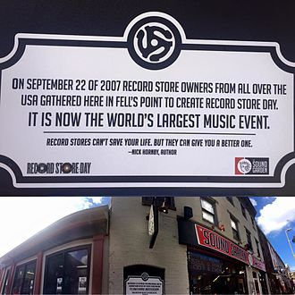 Record Store Day - Plaque commemorating the creation of Record Store Day
