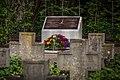 Stèle fusillés Réseau Alliance Ludwigsburg juin 2014.jpg