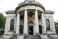 St Paul, Deptford High Street, London SE8 - Entrance-geograph-2076167-by-John-Salmon.jpg