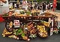 Stand mit Schweizer Nahrungsmitteln.jpg