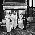 Statiefoto in het Koninklijk Paleis op de Dam President Ahidjo en echtgenote ge, Bestanddeelnr 930-3429.jpg