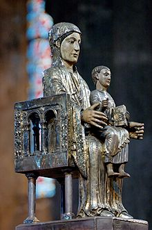Statue Our Lady Orcival.jpg